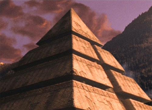 Nave piramidal deRa